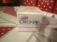 DKNY Fresh Blossom eau de parfum EDP 30 ml brand new and sealed