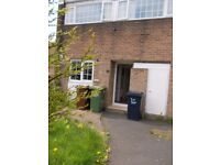 FOUR BED, BARMSTON, WASHINGTON, LOW MOVE IN FEES