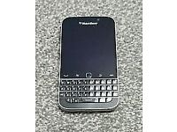 BLACKBERRY CLASSIC Q20 IN BLACK- UNLOCKED- BRAND NEW