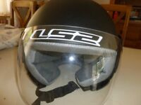 Motorbike Helmet XL with shield. Never worn including carry bag