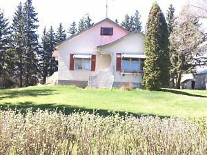To be moved - Willingdon area 1940's Farmhouse