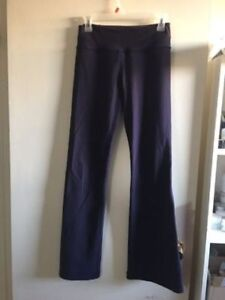 Lululemon Full Length Reversible Groove Pants size 4