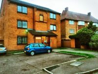 1 bedroom flat in Grove Road West, Enfield, EN3