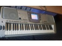 Yamaha psr2100 very good condition working very nice