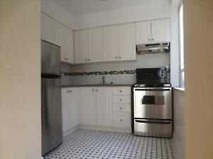 King and Dufferin: 118 Tyndall Avenue, 1BR