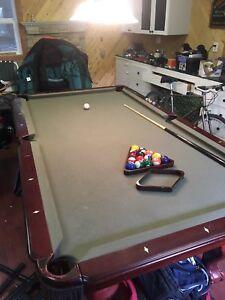Beringer 3 piece slate pool table