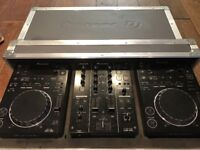 Pioneer CDJ350 + DJM350 + Flight case + Headphones
