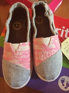 Toms shoes - NEW - Toddler size 11