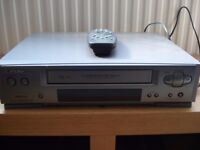 Mitsubishi HS-853V VHS Video Recorder Player complete with remote