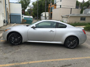 2013 Infiniti G37x Sport Coupe (2 door)