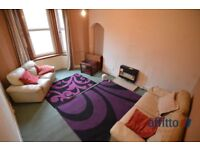 1 bedroom flat in Howard Street, Paisley