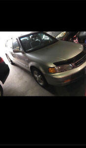 1999 acura el for sale 279,000 km $1400  as is