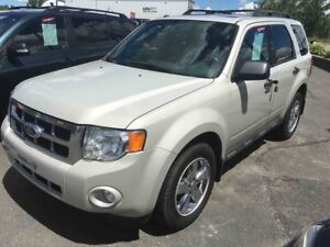 2009 Ford Escape XLT 4WD AC VITRES CUIR TOIT OUVRANT MAGS