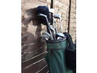 GOLF CLUBS WITH COVERS AND BAG