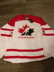 XL Team Canada Hockey Jersey New with Tags