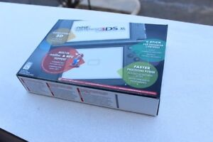 New 3ds xl black + games and charger