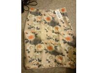 * Women's H&M Skirt Size 12 - BNWT!!*