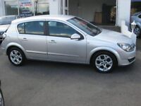 Vauxhall Astra 04 silver PARTS