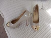 CLASSY HIGH HEELS SIZE 3 WITH GOLD TIPS PINK SOLES BRAND NEW