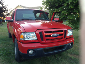 2010 Ford Ranger Sport Pickup Truck - LOW KM