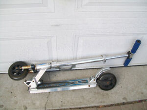 scooter   /trotinette