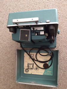 EUC Vintage Bell & Howell Film Projector