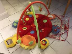 Baby gym mat