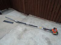 Husqvarna 325 HE4 longreach professional hedge trimmer £250
