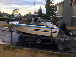 15 ft 1977 Stratacraft fishing boat with 2004 40 HP Yamaha 4 str