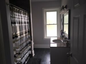Upstair 2 Bedroom Apartment for Sept.1