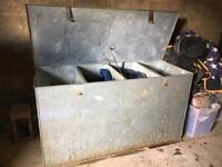 Heavy duty 4 compartment stainless steel feed bin for horses