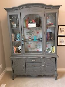 Gorgeous, one of a kind, display cabinet!!