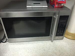 Hamilton beach microwave 50$ obo