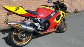 SUZUKI GSXR1000 K3 OFFICIAL BARRY SHEENE REPLICA 1OF1 ONLY PRODUCED VERY RARE WOW.