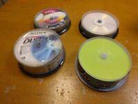 70 x Blank DVD R RW 4.7gb
