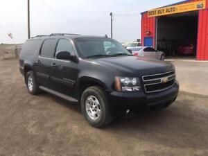 2009 Chevrolet Suburban LT -FINANCING AVAILABLE! CALL 7809182696
