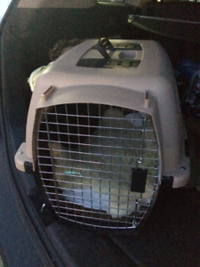 Pet Carrier Excellent Condition, hardly used