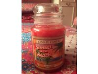 Limited edition USA sunset on the beach large Yankee candle ( aloha collection)