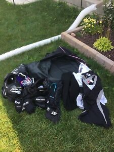 Full set youth hockey equipment fits 4-6 year old