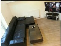 FAB DOUBLE ROOM, WEEKLY CLEANER, ALL BILLS INC. 20mins WALK CITY CENTRE/MEDIA CITY