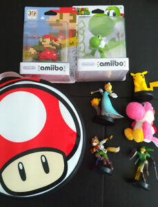 Various Amiibo and carrying case