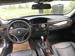 Bmw 328 awd excellent condition!!!!