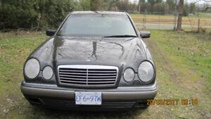 1997 Mercedes-Benz 300-Series Sedan