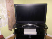Toshiba Regza 42'' HD LCD Television +SKY+ Box