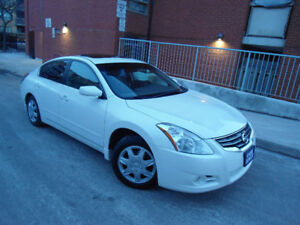 2011 NISSAN ALTIMA 2.5S , ONLY 125KM ,BLUETOOTH ,BACK-UP CAMERA!