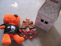 BABW Orange Hello Kitty (makes kiss noise) + T shirt, trousers and skirt + box- £10