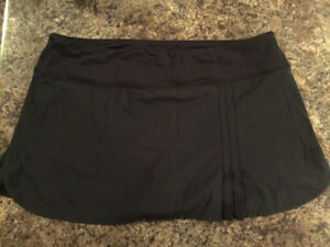 Lululemon running skirt - black
