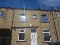 2 bed house to let, West park, Bradford, West Yorkshire, BD8