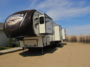 2015 Sierra 376BHOK fifth wheel for sale