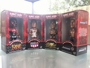 WWF RUMBLE HEADS BOBBLE HEADS WITH ATTITUDE!